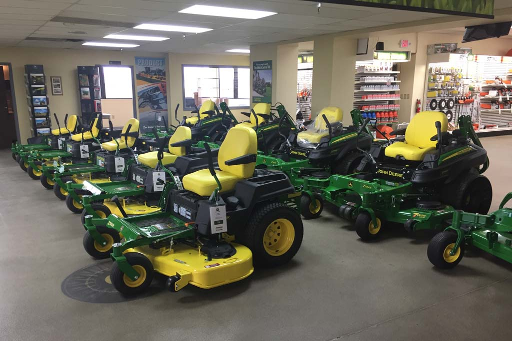 John Deere Dealer in Franklin, Indiana - Showroom