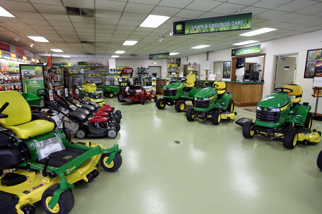 John Deere Dealer in Germantown, Ohio - Showroom