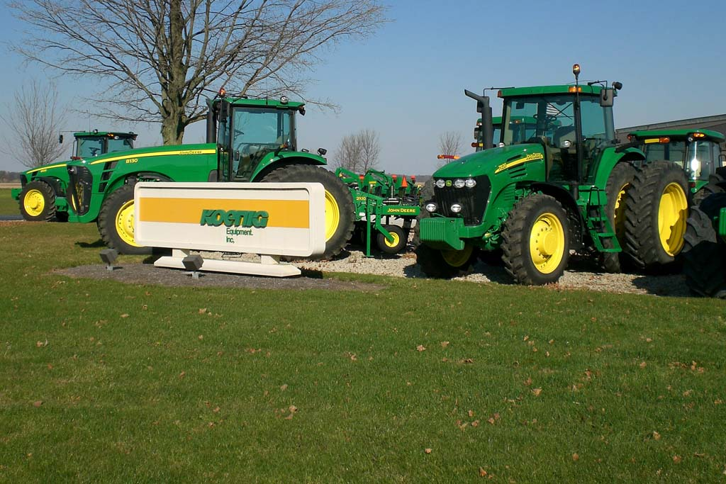 John Deere Dealer in Urbana, Ohio - Lot