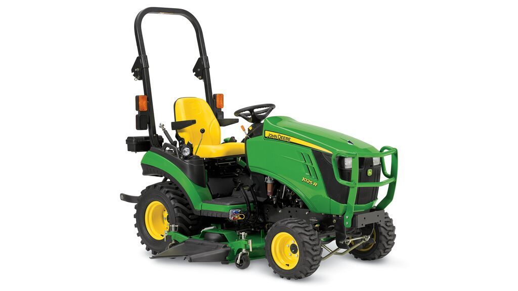 Studio image of 1025r Sub Compact Utility Tractor