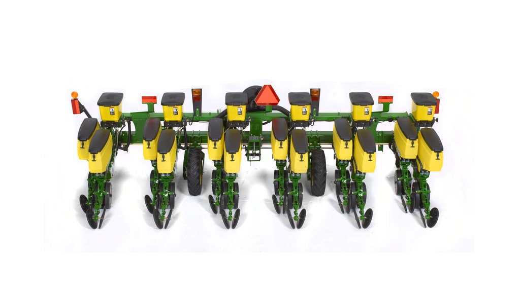 Field image of 1705 Twin Row Integral Planter