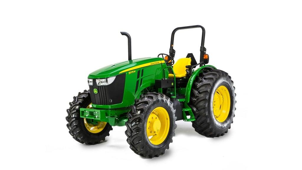 Studio image of 5075m Utility tractor