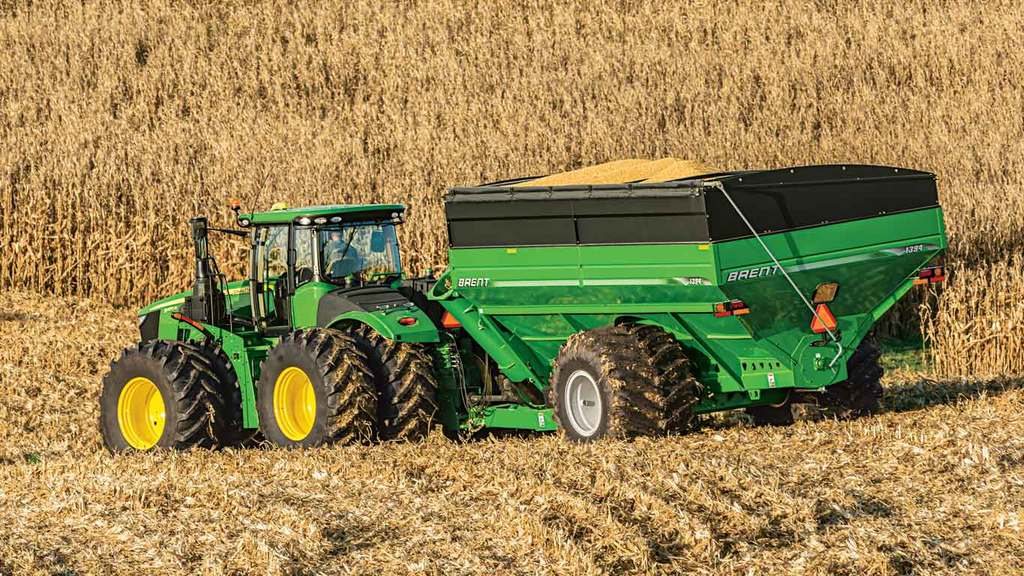 Field image of 9370R 4WD Tractor