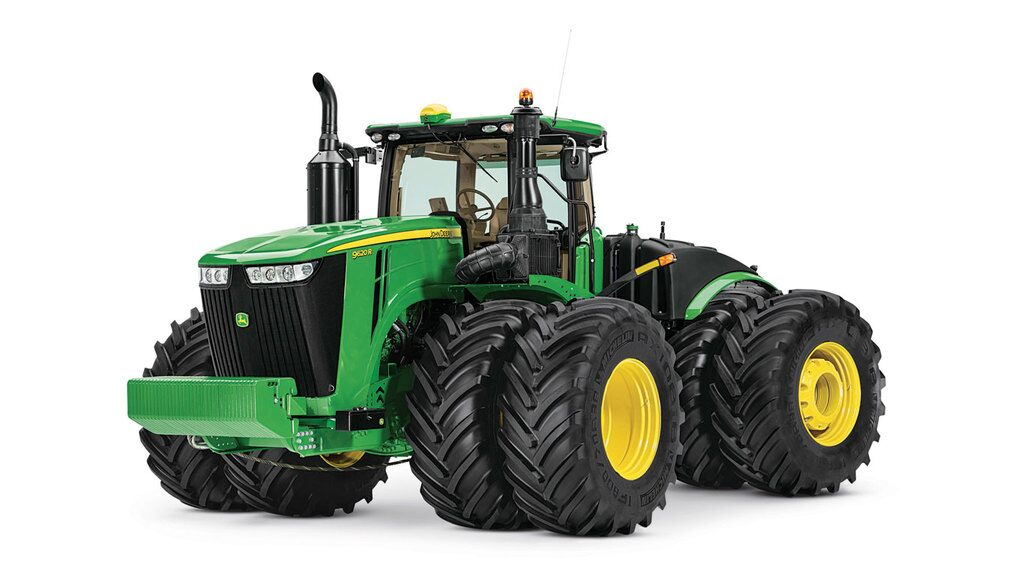 Studio image of 9620R 4wd Tractor