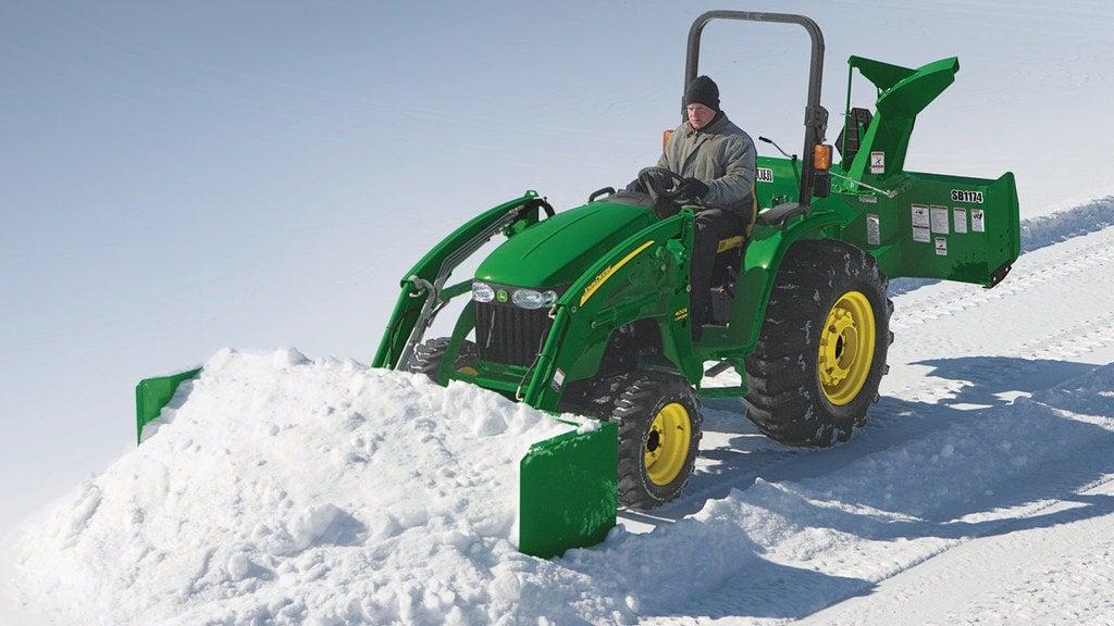 field image of as10h snow push