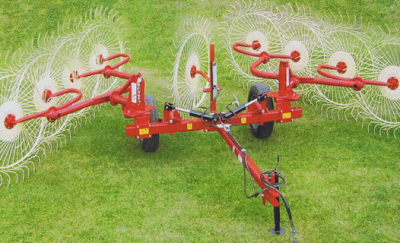 Enrossi carted wheel rake