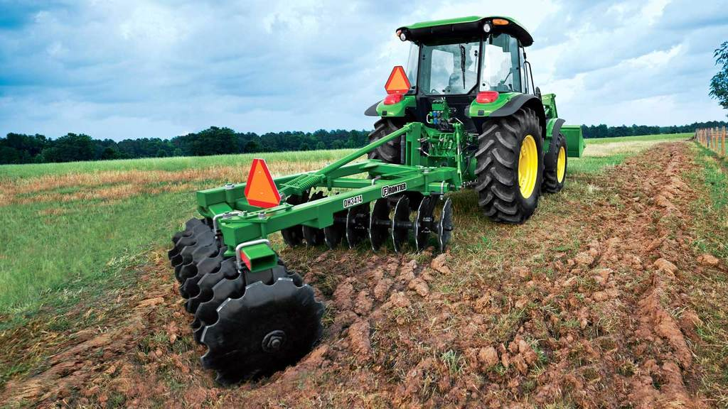 field image of Frontier DH34 series 3 pt offset disks on a tractor