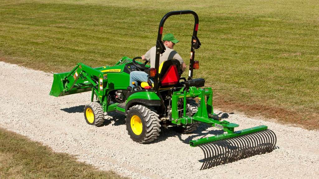 Field image of LR50L Landscaping Rake