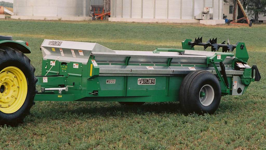 Field image of Frontier MS12 Manure Spreaders