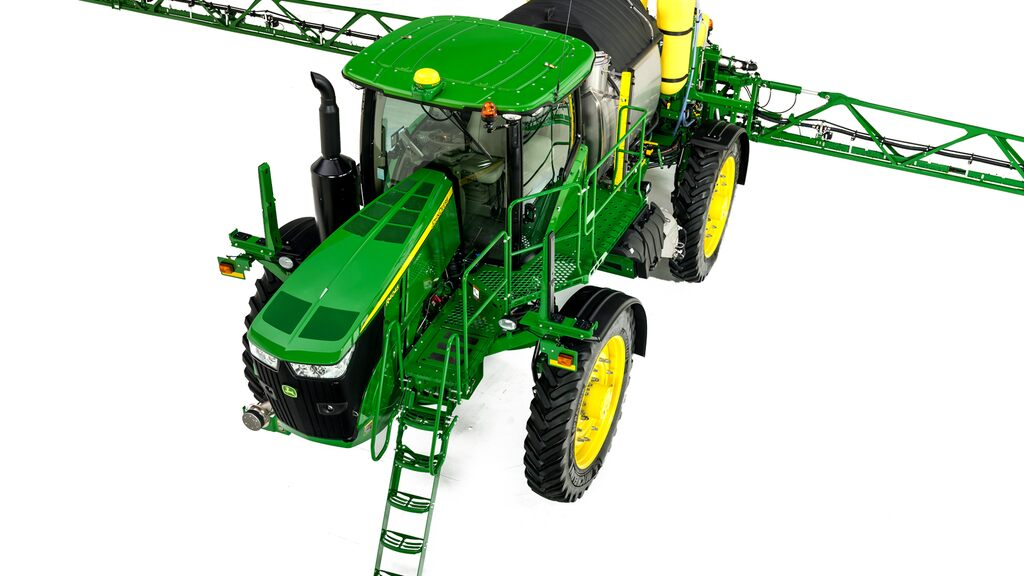 Three-quarter view of r4045 sprayer