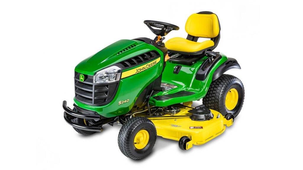 Studio image of S240 Lawn Tractor - 48 inch deck