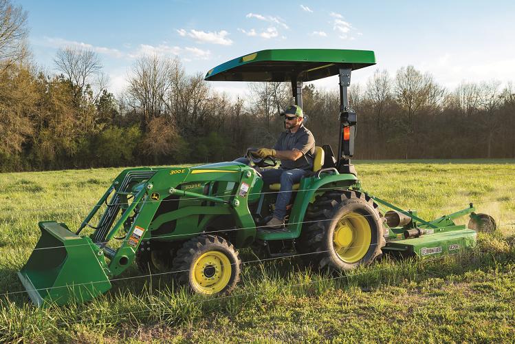 John Deere 3025E Tractor Package