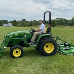 John Deere 3025E Tractor, Loader, Rotary Cutter